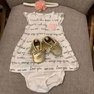 🌸Baby / Infant dress with matching bottoms. 3M🌸